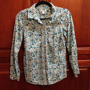 Flirty floral button down shirt